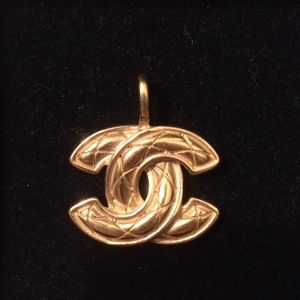 Vintage Chanel gold plated CC Pendant Necklace